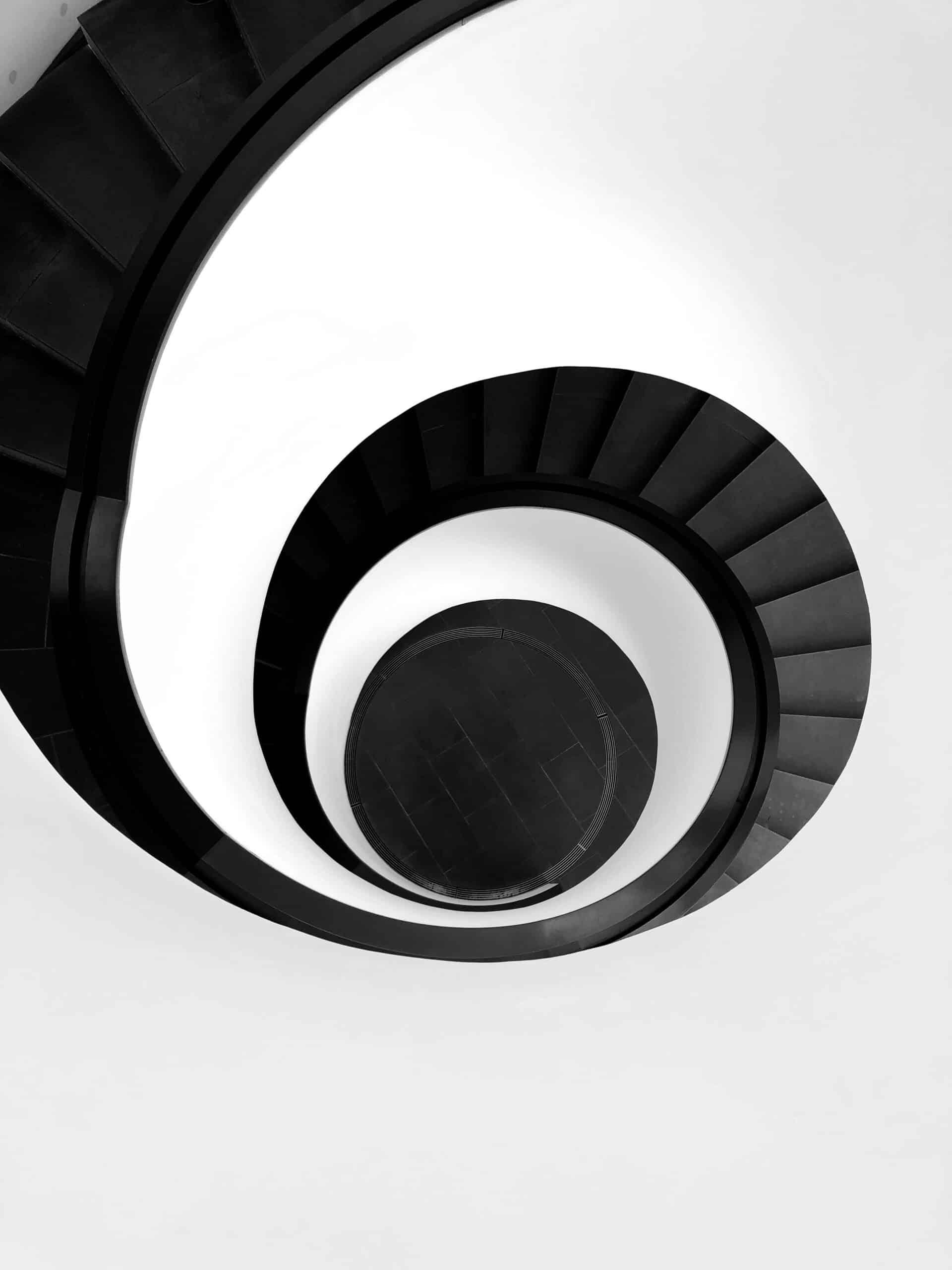 pexels-robin-schreiner-2438212